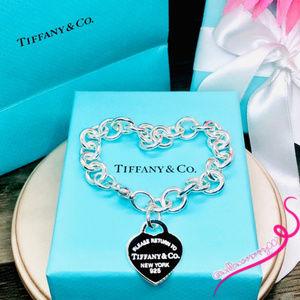"""Tiffany & Co. Jewelry - NWOT Return To Tiffany Heart Charm Bracelet, 7.5"""""""